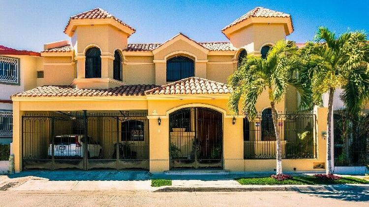 Hermosa Casa en Lomas de Mazatlan