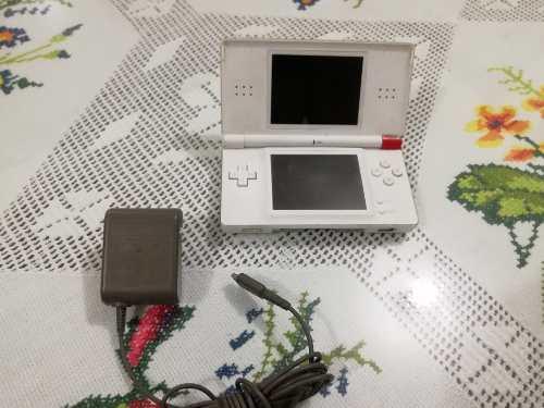 Nintendo Ds Lite Con Detalle