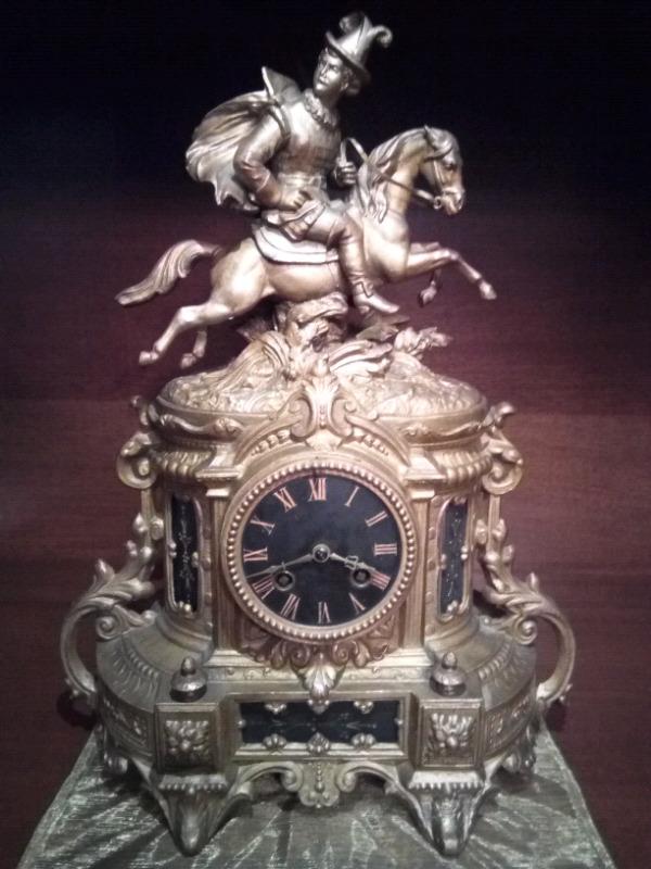 Reloj de cuerda Francés Antiguo funcionando
