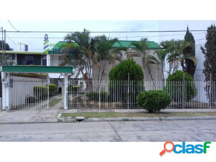 Rento casa 3 habitaciones Col. Santa Elena Poza Rica