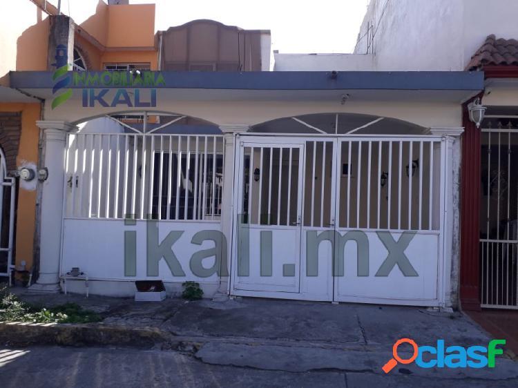 Rento casa 3 recamarás Col. Bella Vista Poza Rica Veracruz,