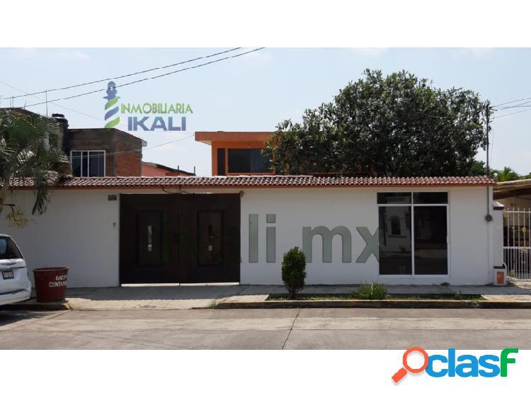 Rento casa 3 recamarás Col. Cazones Poza Rica Veracruz,
