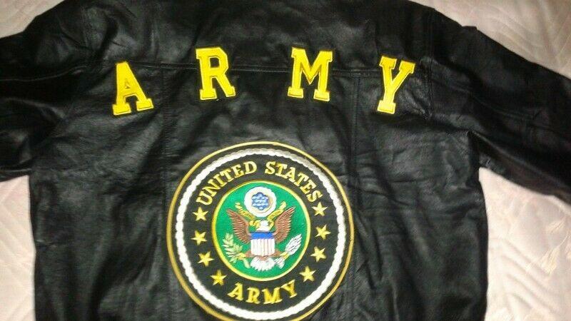 CHAMARRA DE PIEL USA ARMY. HERMOSA