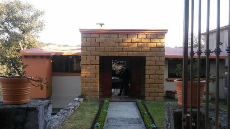 Casa Estilo Rústico En Condado De Sayavedra Llena De