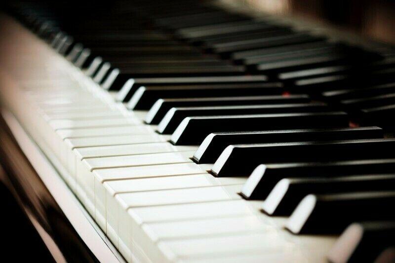 Clases de piano a domicilio por Lic. en música y maestro en