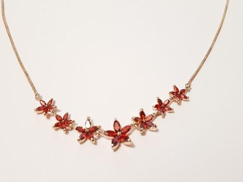 Collar De 7 Flores Cristal Rojo De Oro Laminado Lux Envio G