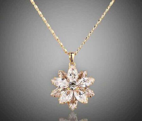 Flor De Cristal Swarovski Collar + Aretes Zirconia De Regalo