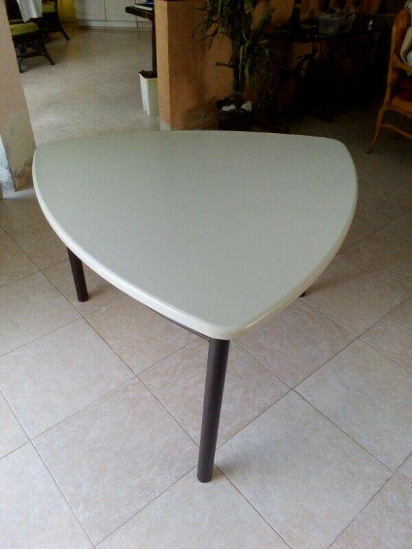 Mesa para Comedor Semi Nueva