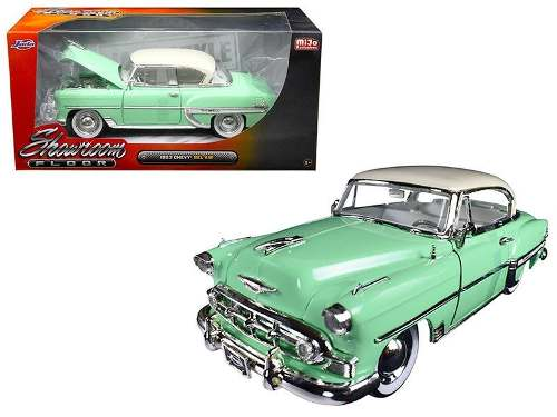 Jada1:24 Showroom Floor  Chevrolet Bel Air Hard Top