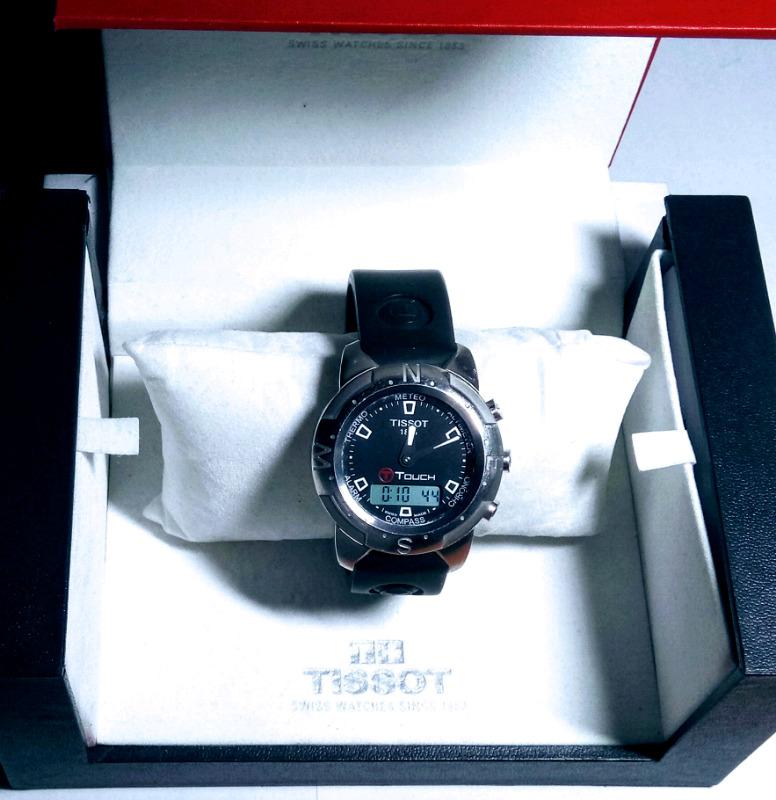 Reloj Tissot Touch, brujula, altímetro, termómetro, Crono,