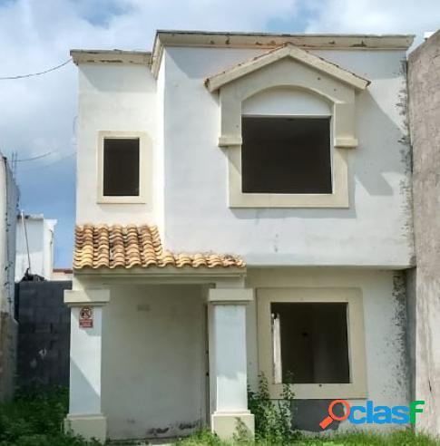 Casa de Oportunidad en DEL CAMINO a solo $660,000