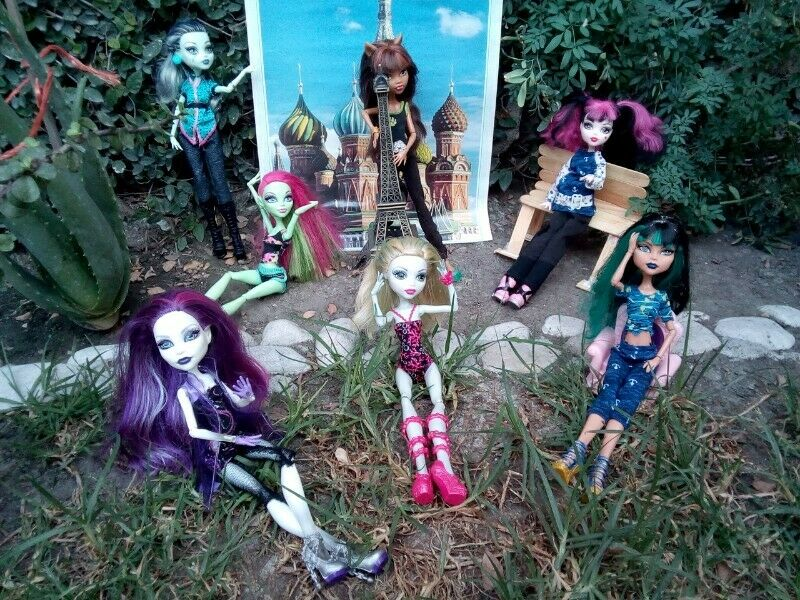 MUÑECAS ORIGINALES MONSTER HIGH SEMINUEVAS