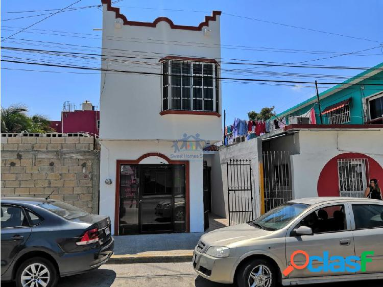 RENTA CASA DE 3 CUARTOS EN AV JUAREZ, CARMEN