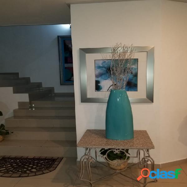 Se vende Casa c/cocina integral en la Guadalupe a $6,000,000