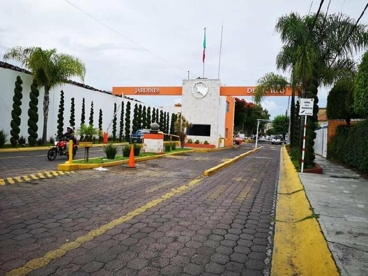 PRIVADO JARDINES DEL TOREO, CASA EN MORELIA CERCA C.U.