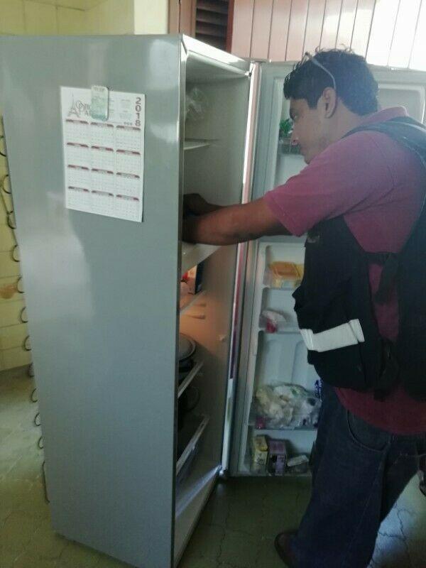 Reparación de refrigeradores y neveras.