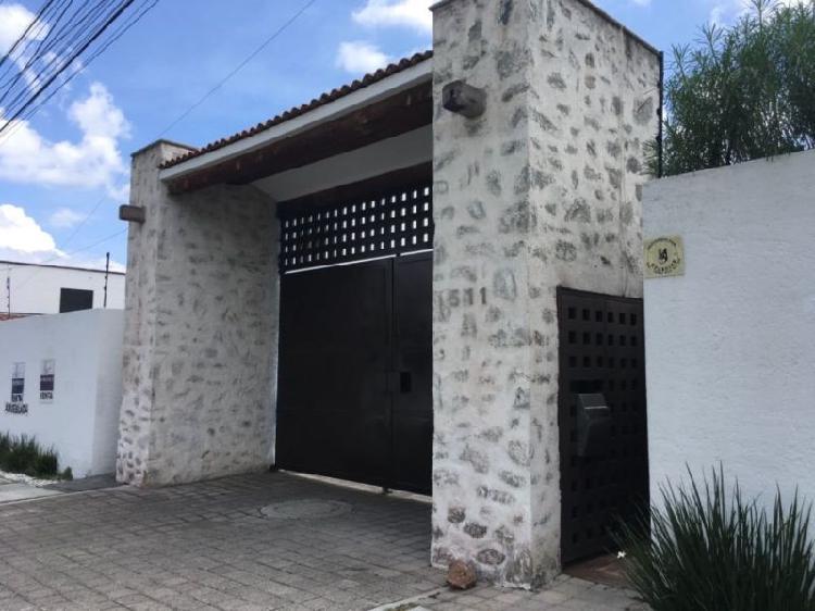 JURIQUILLA Acueducto Zacatecas casa amueblada dentro de