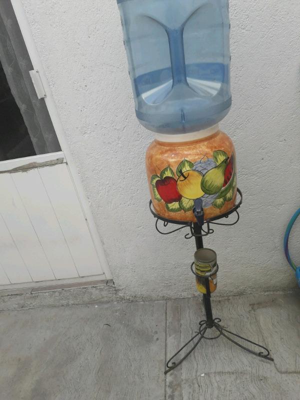 Portagarrafón de agua