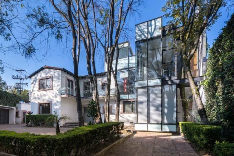 Venta - Casa con uso de suelo - Lomas de Chapultepec - 687m2