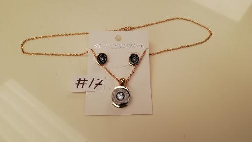 Aretes Y Collar En Acero Laminado En Oro Modelos #15 #16 #17