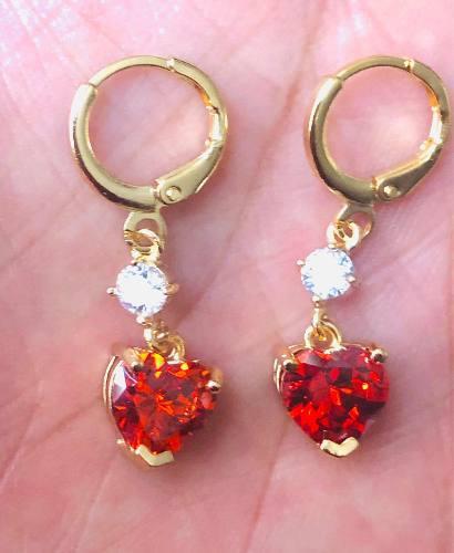 Arracadas De Corazón Oro Lam. Y Zirconias.