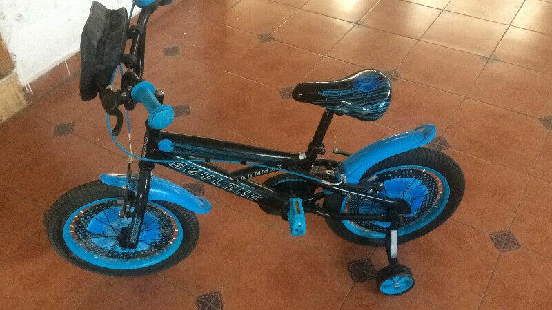 Se vende Bicicleta NuEvA marca SKYLINE