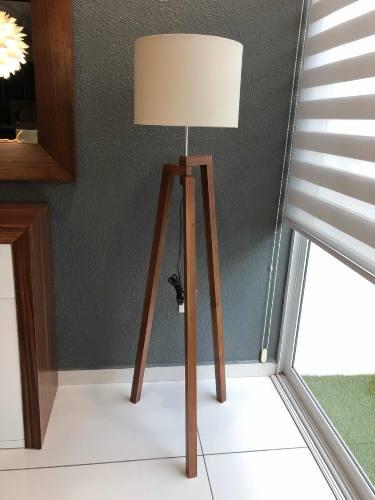 Lampara De Piso Moderna Tripie Para Sala Minimalista