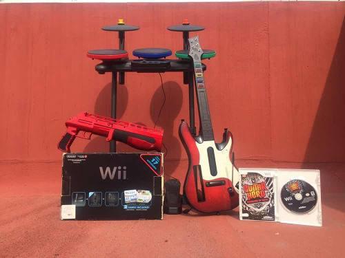 Wii Consola Con Accesorios Y 2 Mandos (seminueva)