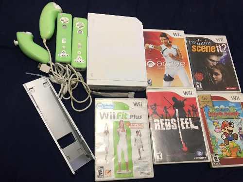 Wii Retrocompatible Con Dos Controles Y 5 Juegos