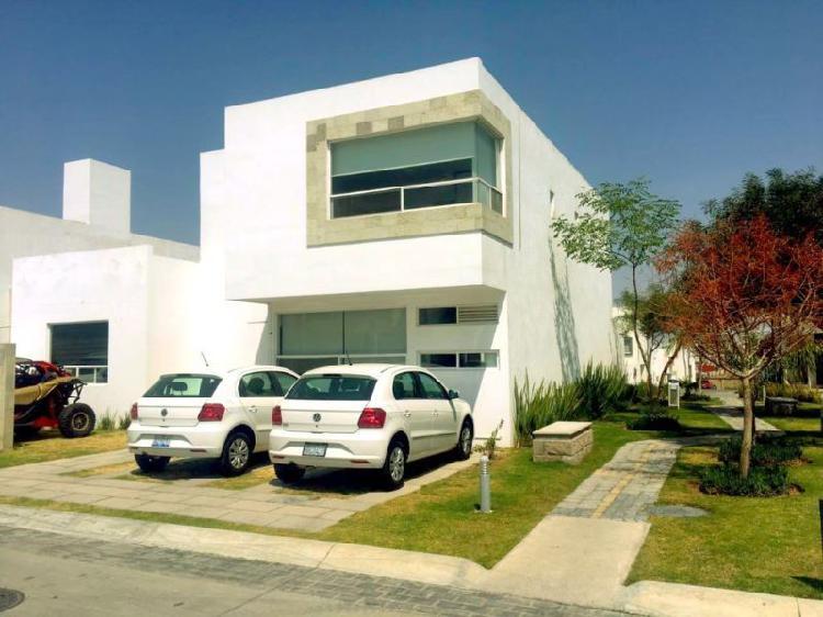 Casa en renta lomas de angelopolis en parque Yucatan