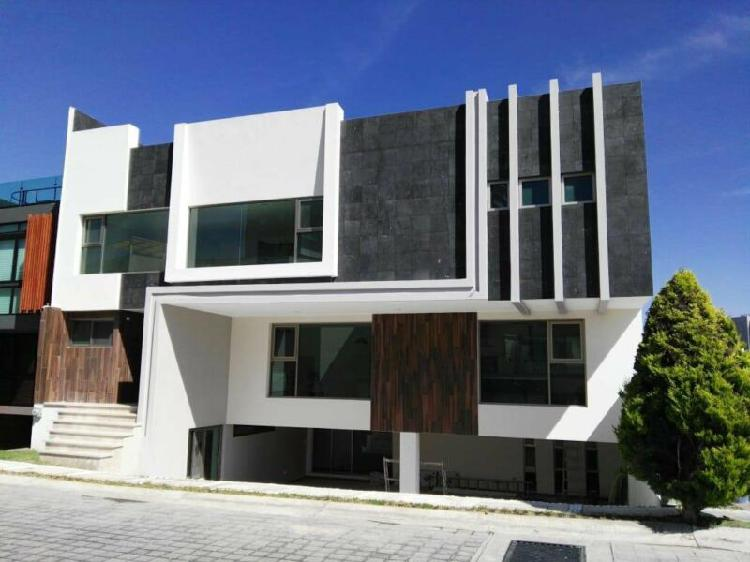 Casa en venta en Residencial Santa Fe Puebla