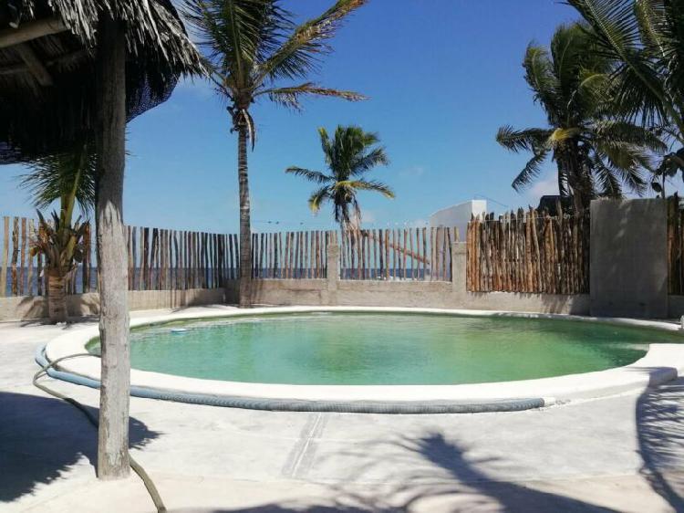 Casa palapa sobre la playa en Santa Clara 3 recamaras