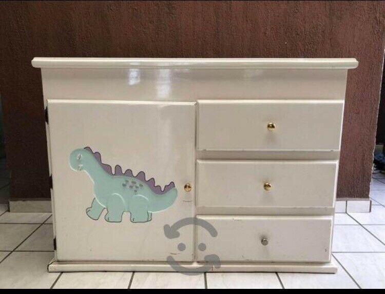 Hermoso mueble para bebé