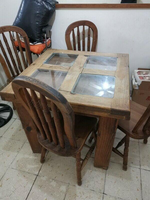 Comedor de 4 sillas de Madera maciza de pino