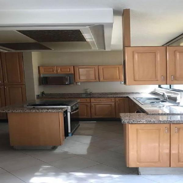 En renta Casa en Lomas de Tecamachalco