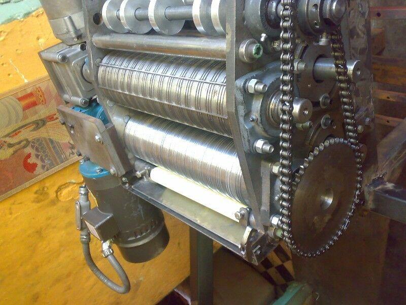 Fabrico maquinas para hacer filtros de autos