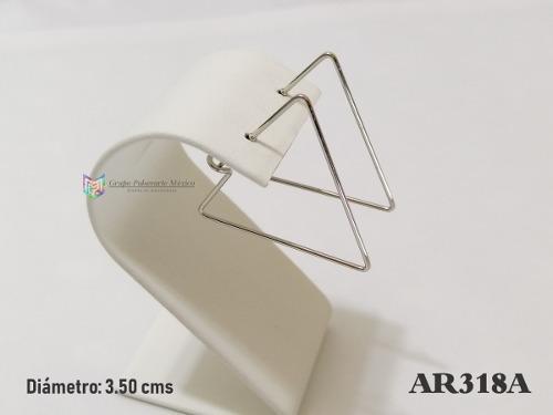 Arracada Triángulo 35mm Acero Inoxidable Plateado