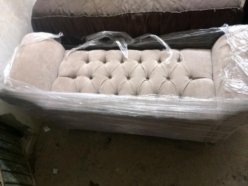 Pie de cama matrimonial con baúl