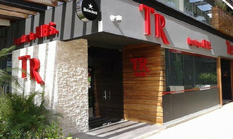 VENTA/TRASPASO de mobiliario y equipo de restaurante