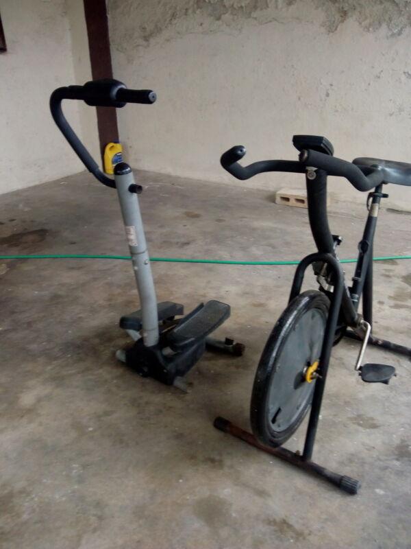 Vendo bicicleta fija y escaladora en buen estado,