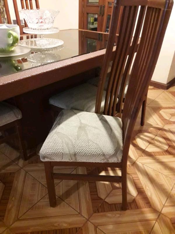 Comedor 8 sillas,mesa comedor y bufetero caoba