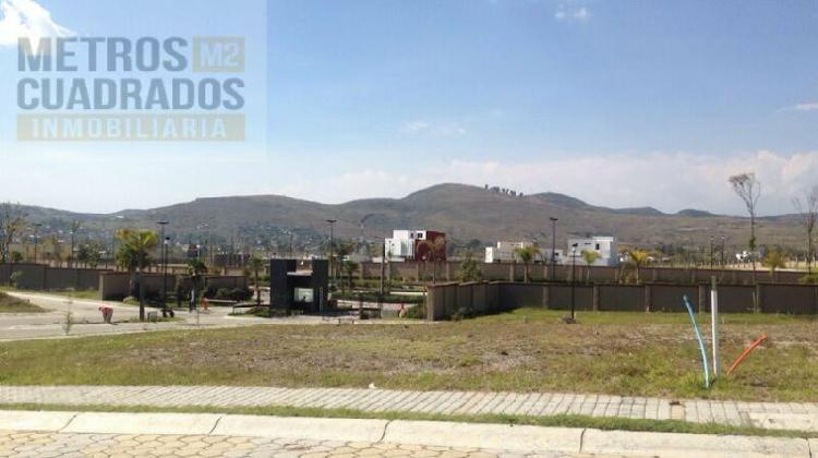 Lote en Venta zona Cascatta II en Lomas de Angelópolis.