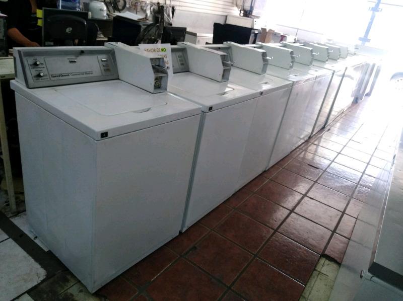 Lavandería 8 lavadoras 1 secadora con Fichero