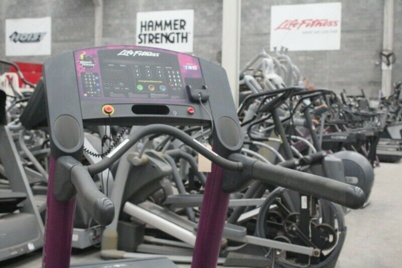 Paquete cardio Life fitness y Keiser
