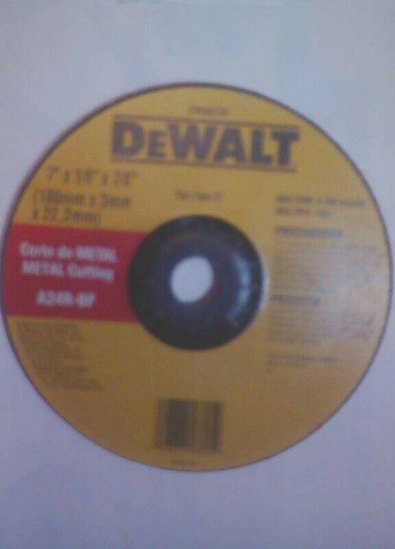 Abrasivo DEWALT 7plg para Corte rapido de Metales