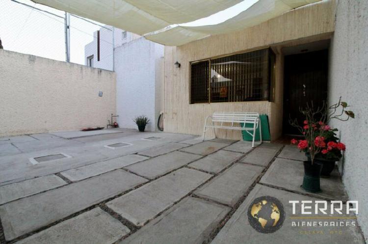 VENTA CASA DE 1 PLANTA EN ZONA DE ORO 1,Celaya