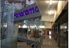 Se renta local comercial de 76 m2 en Plaza Panorama,