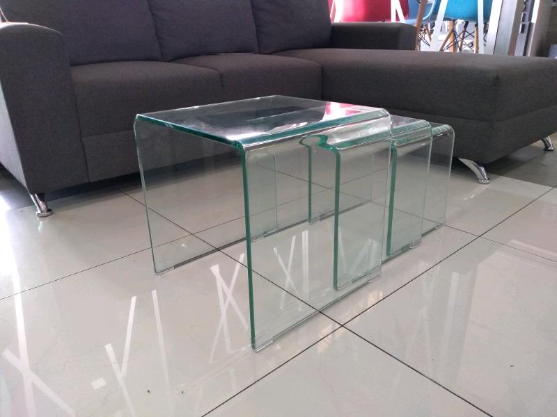 Juego de 3 mesas de cristal templado