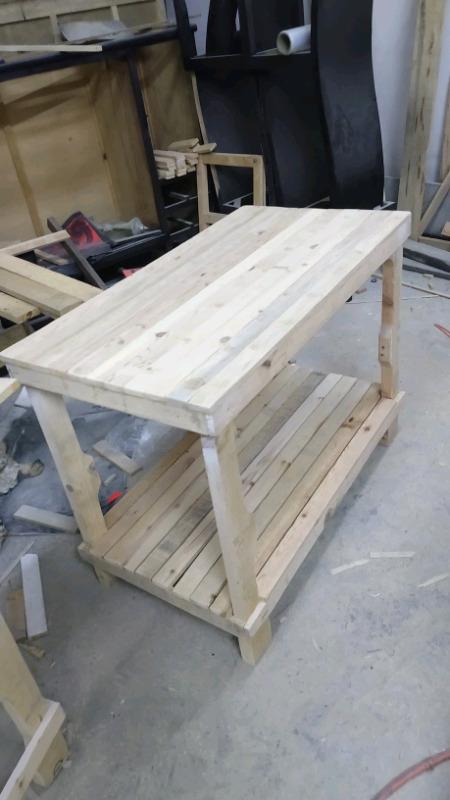 Mesas de madera de pallets