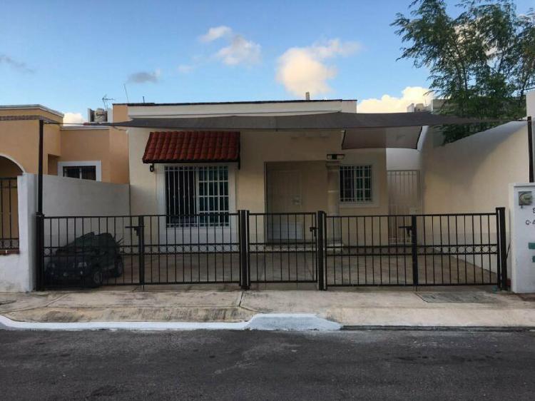 Casa en venta en cerrada Gran Santa Fe II, Cancún